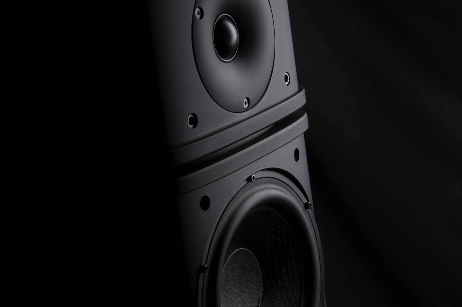 Wilson Benesch - Cardinal Loudspeaker - Geometry Series - theaudiobeat.com - Roy Gregory - Manufacturing - Carbon Fiber - Advanced - Composite