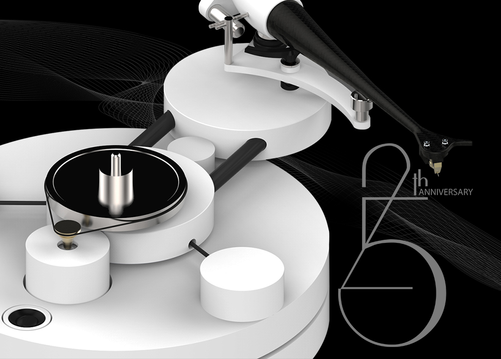 Wilson Benesch celebrate 25th Silver Anniversary at the Bristol Sound & Vision Show with the Circle 25 Turntable & Square Five Loudspeaker