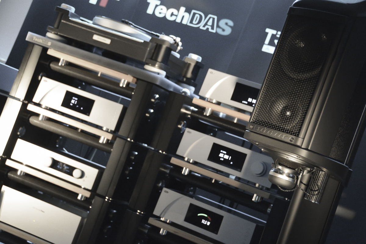 Wilson Benesch Endeavour, Torus and R1 HIFI Rack with TechDAS Airforce Two, CH Precision P1 and Trinnov Amethyst
