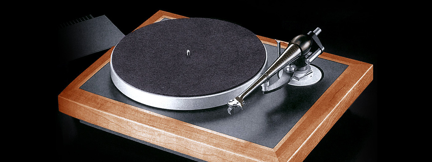 The Wilson Benesch WB One Turntable with A.C.T. One tonearm