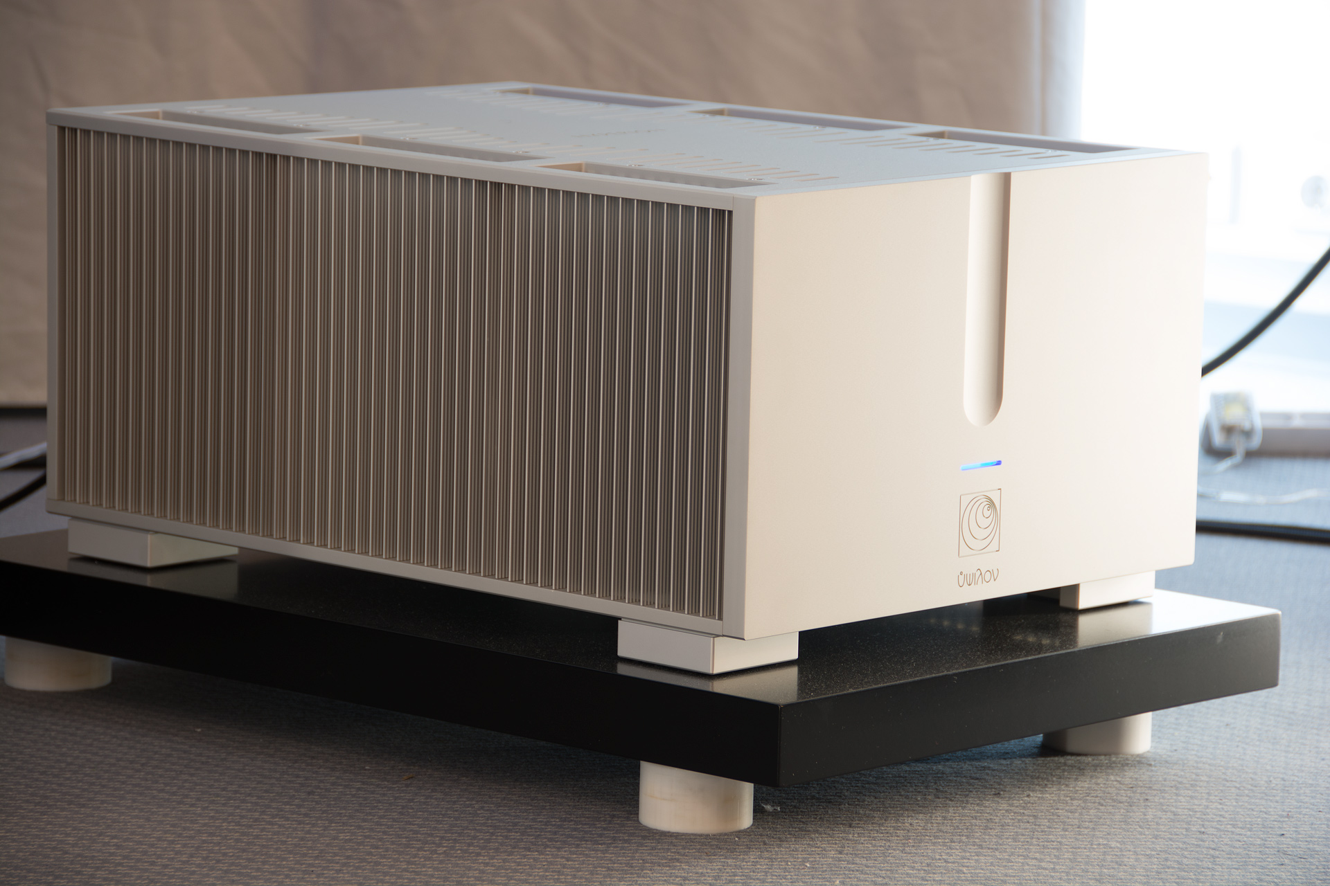 Ypsilon - Hyperion - Monoblock - Power Amplifier - Wilson Benesch - Resolution - Loudspeaker